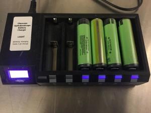Efest Blu6 Battery Charger